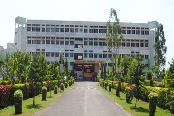 https://cache.careers360.mobi/media/colleges/social-media/media-gallery/11040/2019/3/14/Campus view of Guru Gobind Singh Polytechnic Nashik_Campus-View.jpg
