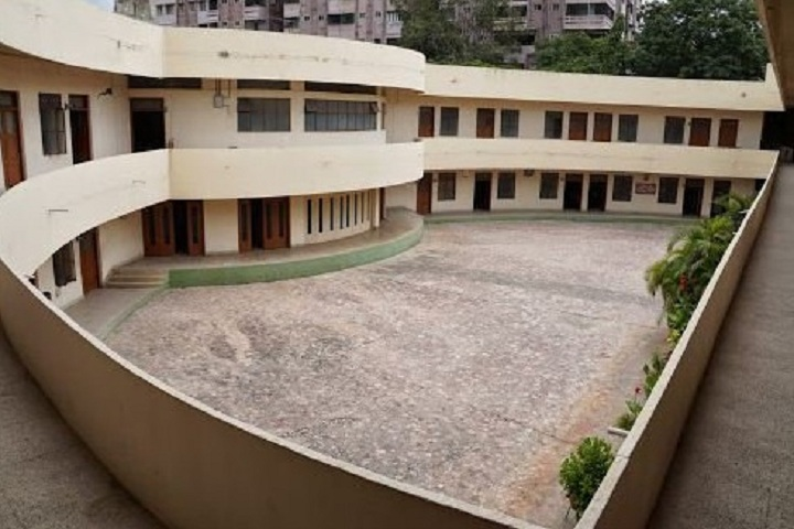 https://cache.careers360.mobi/media/colleges/social-media/media-gallery/11111/2019/2/19/Campus View of St Anns College of Education Secunderabad_Campus-View.jpg