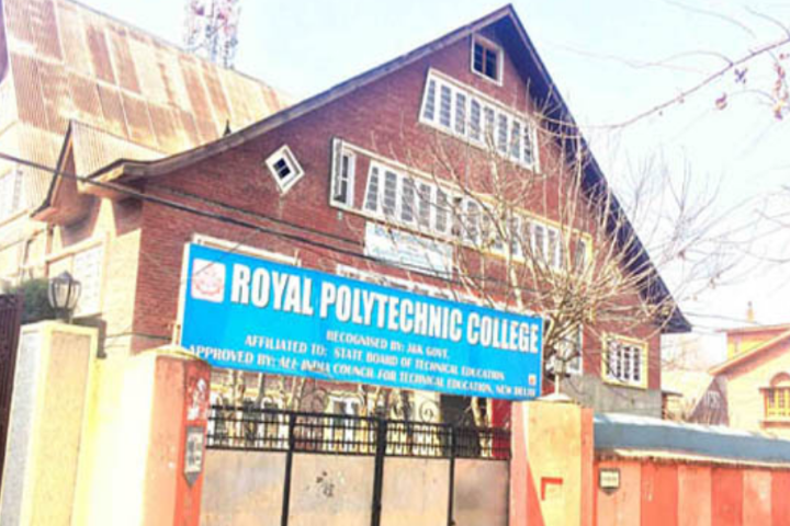 https://cache.careers360.mobi/media/colleges/social-media/media-gallery/11143/2018/9/17/Campus View of Royal Polytechnic College Srinagar_Campus-View.png