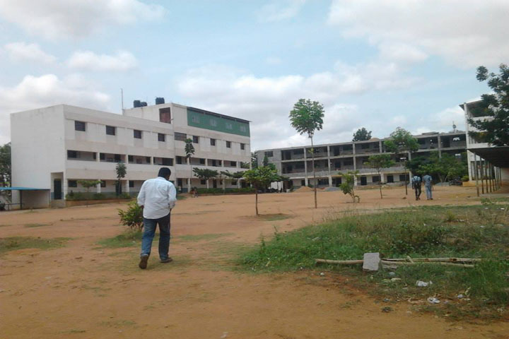 https://cache.careers360.mobi/media/colleges/social-media/media-gallery/11217/2018/9/15/Campus view of Aryabharathi Polytechnic Tumkur_Campus-view.jpg