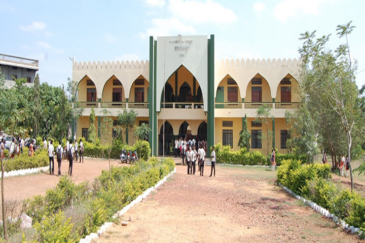 https://cache.careers360.mobi/media/colleges/social-media/media-gallery/11218/2019/1/16/Campus View of Anjuman E Islam Polytechnic Gadag_Campus-View.jpg