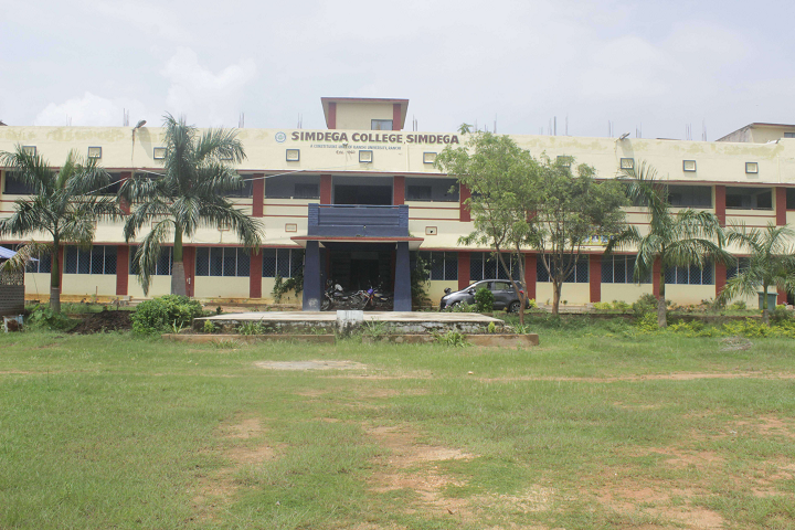 https://cache.careers360.mobi/media/colleges/social-media/media-gallery/11329/2021/2/5/Campus View of Simdega College Simdega_Campus-View.png