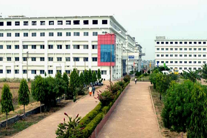 https://cache.careers360.mobi/media/colleges/social-media/media-gallery/11373/2018/11/3/Campus View of Bharti College of Polytechnic Durg_Campus-View.png