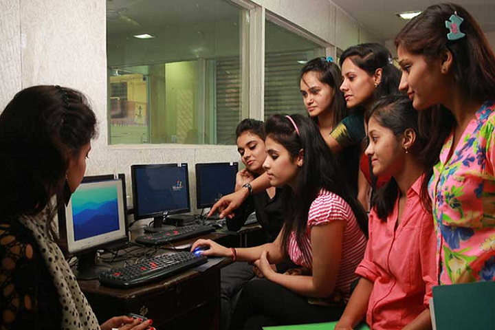https://cache.careers360.mobi/media/colleges/social-media/media-gallery/11384/2019/3/23/Labratory of International Women Polytechnic Janakpuri_Laboratory.PNG