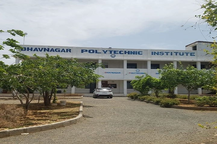 https://cache.careers360.mobi/media/colleges/social-media/media-gallery/11412/2019/8/2/College Building View of Bhavnagar Polytechnic Institute Bhavnagar_Campus-View.jpg