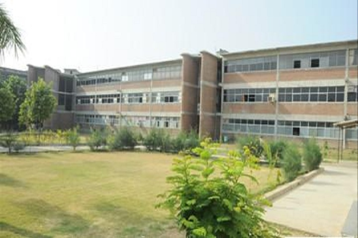 https://cache.careers360.mobi/media/colleges/social-media/media-gallery/11416/2019/3/7/Campus View of Swami Sachchidanand Polytechnic College Visnagar_Campus-View.JPG
