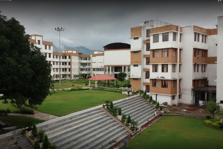 https://cache.careers360.mobi/media/colleges/social-media/media-gallery/1149/2018/9/18/Campus View of Maharaja Agrasen University Solan_Campus-View.png