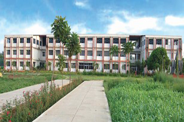 https://cache.careers360.mobi/media/colleges/social-media/media-gallery/11497/2018/8/17/Adarsh-Vijendra-Institute-of-Pharmaceutical-Sciences-Saharanpur-college-1.JPG
