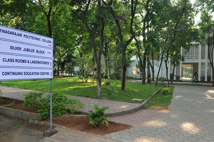 https://cache.careers360.mobi/media/colleges/social-media/media-gallery/11520/2018/10/4/Campus View of Thiagarajar Polytechnic College Salem_Campus-View.jpg