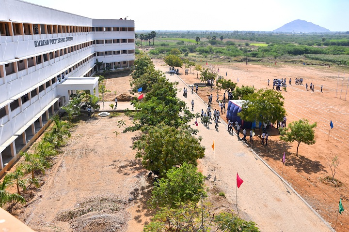 https://cache.careers360.mobi/media/colleges/social-media/media-gallery/11559/2019/2/21/Campus View of Rv Reha Polytechnic College Tirunelveli_Campus-View.jpg