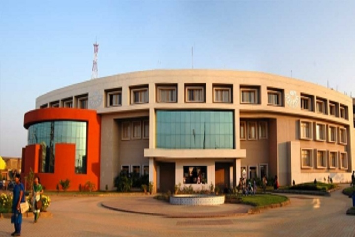 https://cache.careers360.mobi/media/colleges/social-media/media-gallery/11592/2019/3/2/Campus View of KIIT Polytechnic Bhubaneswar_Campus-View.jpg