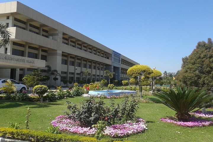 https://cache.careers360.mobi/media/colleges/social-media/media-gallery/11653/2019/3/7/Campus View of Baba Banda Singh Bahadur Polytechnic College Fatehgarh Sahib_Campus-View.jpg