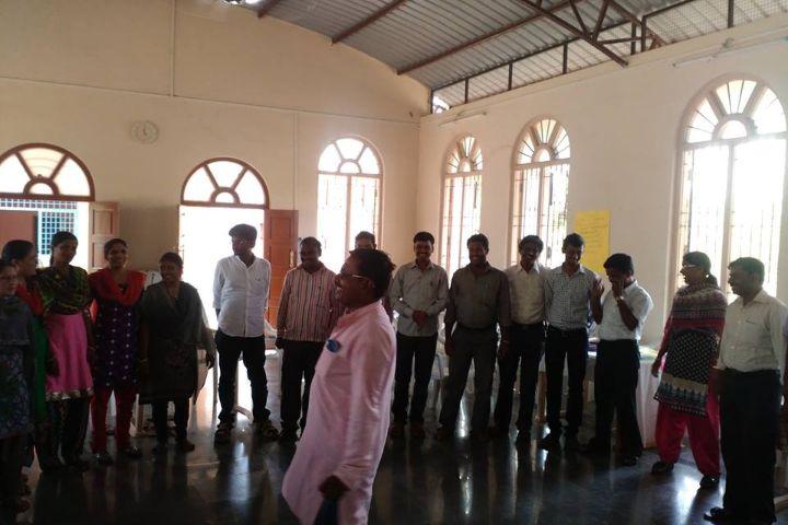 https://cache.careers360.mobi/media/colleges/social-media/media-gallery/1172/2017/10/6/Karnataka-State-Womens-University-Bijapur-.jpg