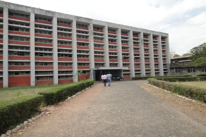 https://cache.careers360.mobi/media/colleges/social-media/media-gallery/11721/2019/2/27/Campus view of Government Polytechnic College Moga_Campus-view.JPG