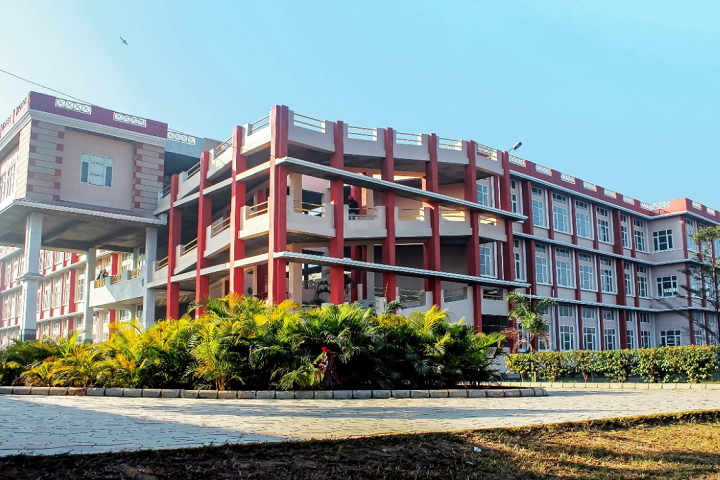 https://cache.careers360.mobi/media/colleges/social-media/media-gallery/11732/2019/3/20/Campus View of Guru Nanak Dev Polytechnic College Ludhiana_Campus-View.PNG