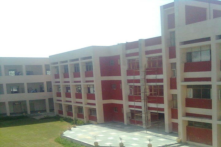https://cache.careers360.mobi/media/colleges/social-media/media-gallery/11810/2019/3/20/Campus view of Government Polytechnic Rewari_Campus-view.jpg