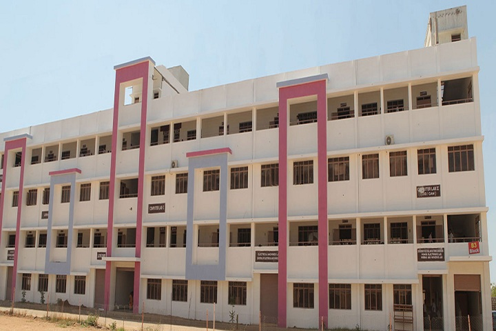 https://cache.careers360.mobi/media/colleges/social-media/media-gallery/11826/2019/3/4/Campus View Of Excel Polytechnic College Namakkal_Campus-View.jpg