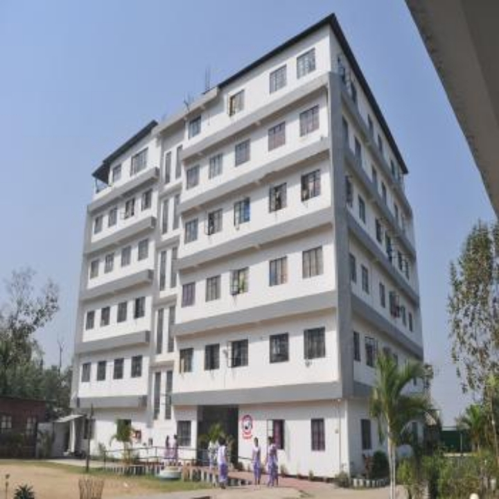 https://cache.careers360.mobi/media/colleges/social-media/media-gallery/11883/2018/12/24/Campus View of Arya Nursing College, Changsari_Campus View.jpg