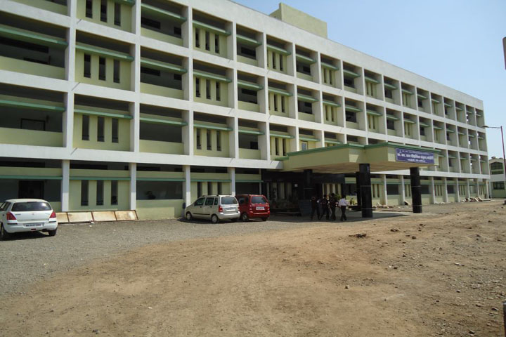 https://cache.careers360.mobi/media/colleges/social-media/media-gallery/11945/2018/11/2/Campus view of KK Wagh Polytechnic Nashik_Campus-view.jpg