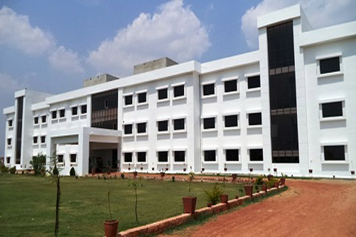 https://cache.careers360.mobi/media/colleges/social-media/media-gallery/11959/2019/3/18/College Building  of Banaras Institute of Polytechnic and Engineering Varanasi_Campus-View.jpg
