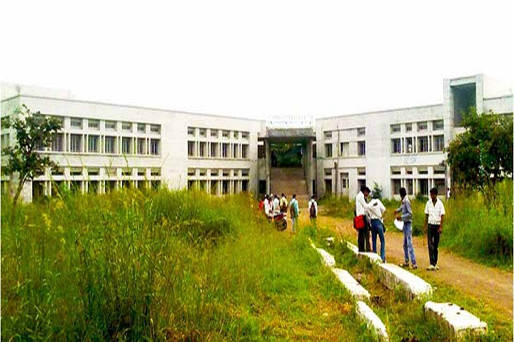 https://cache.careers360.mobi/media/colleges/social-media/media-gallery/12077/2019/2/20/CampusView of Kadwa Polytechnic Nashik_Campus-View.jpg