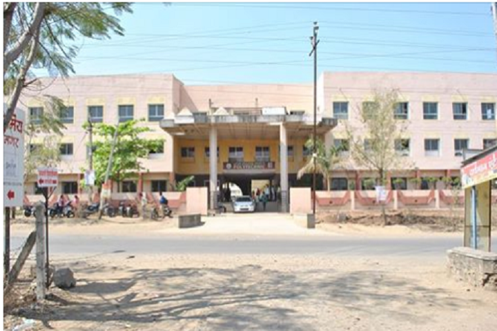 https://cache.careers360.mobi/media/colleges/social-media/media-gallery/12093/2018/9/6/Campus view of Latthe Education Societys Polytechnic Sangli_Campus View.PNG