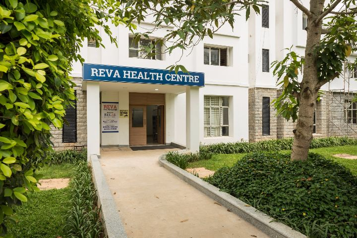 https://cache.careers360.mobi/media/colleges/social-media/media-gallery/1220/2018/6/19/Reva-University-Bangalore-medical1.jpg