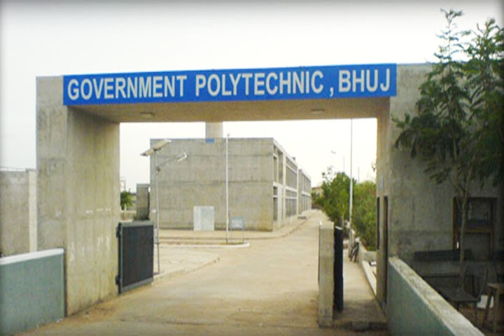 https://cache.careers360.mobi/media/colleges/social-media/media-gallery/12242/2019/3/28/Campus Entrance View of Government Polytechnic Bhuj_Campus-view.jpg