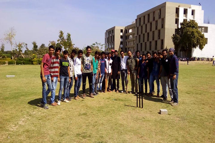 https://cache.careers360.mobi/media/colleges/social-media/media-gallery/12328/2018/11/24/Sports View of Venus Institute of Design and Architecture Gandhinagar_Sports.jpg