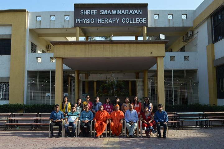 https://cache.careers360.mobi/media/colleges/social-media/media-gallery/12384/2018/12/26/Campus View of Shree Swaminarayan Physiotherapy College Surat_Campus-view.JPG