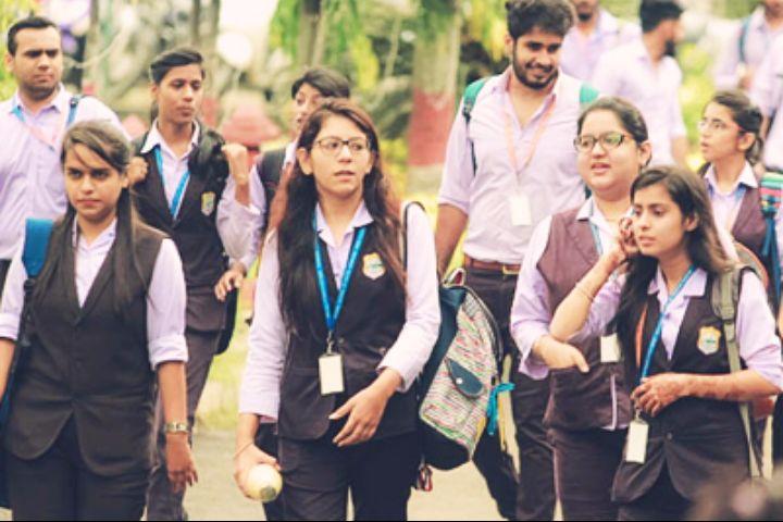 https://cache.careers360.mobi/media/colleges/social-media/media-gallery/1243/2016/12/13/The-Bhopal-School-of-Social-Sciences-Bhopal-11.jpg
