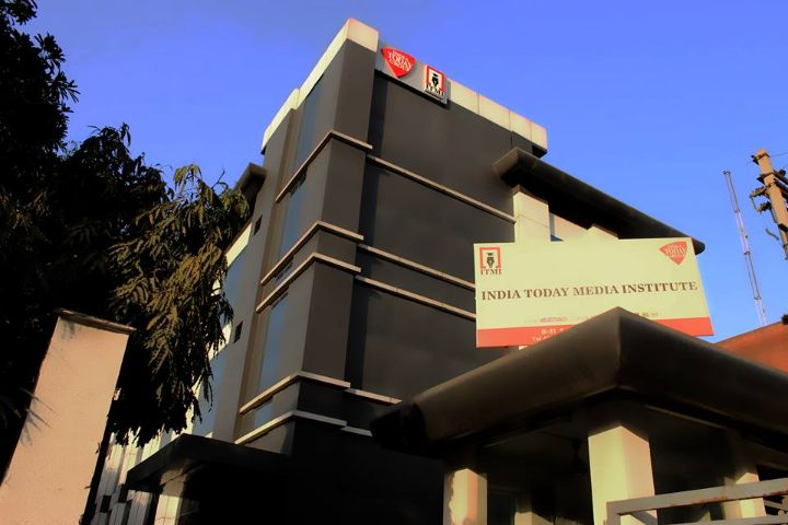 https://cache.careers360.mobi/media/colleges/social-media/media-gallery/1249/2018/12/22/Campus View of India Today Media Institute Noida_Campus View.jpg