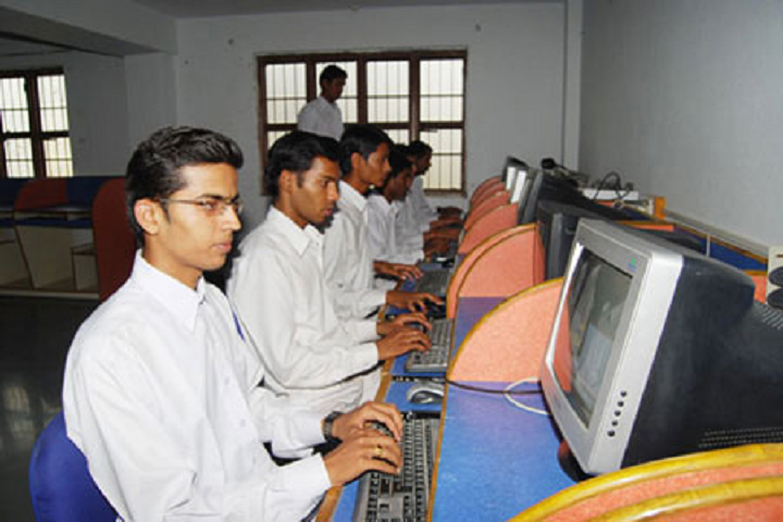 https://cache.careers360.mobi/media/colleges/social-media/media-gallery/12514/2019/12/3/IT Lab of Rani Dullaiya Smriti Ayurved PG College and Hospital Bhopal_IT-Lab.png