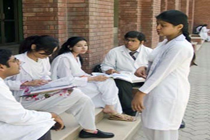 https://cache.careers360.mobi/media/colleges/social-media/media-gallery/12531/2016/6/30/Hakim-Rais-Unani-Medical-College-and-Hospital-Moradabad-(2).jpg