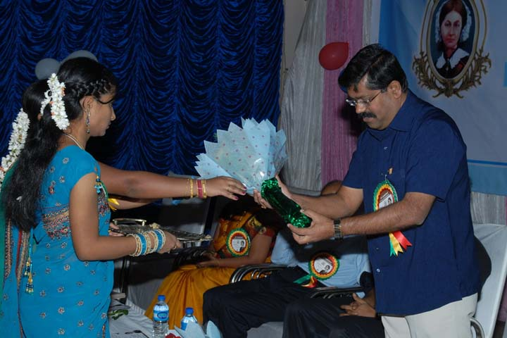 https://cache.careers360.mobi/media/colleges/social-media/media-gallery/12770/2016/12/19/Sri-Lakshmi-Nursing-College--Bangalore-(6).jpg