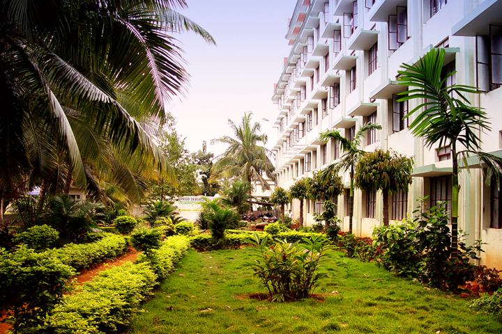 https://cache.careers360.mobi/media/colleges/social-media/media-gallery/12772/2016/7/6/Sri-Ramana-Maharshi-College-of-Nursing-Tumkur-(3).jpg