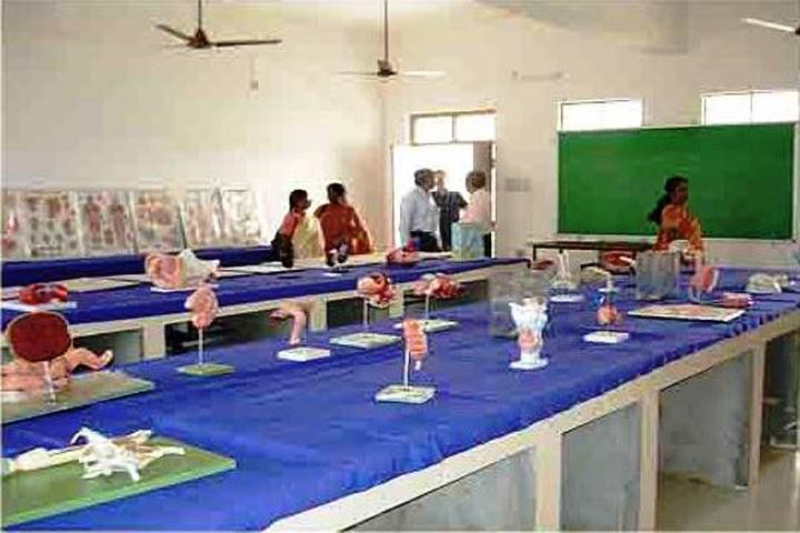 https://cache.careers360.mobi/media/colleges/social-media/media-gallery/12993/2016/7/1/Balaji-Institute-Of-Nursing-Narsampet-(2).JPG