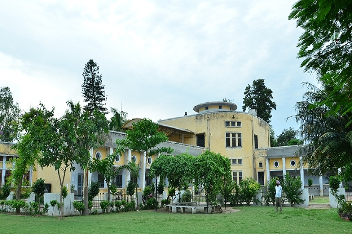https://cache.careers360.mobi/media/colleges/social-media/media-gallery/13078/2020/12/21/Campus view of Government College Malerkotla_Campus-view.jpg