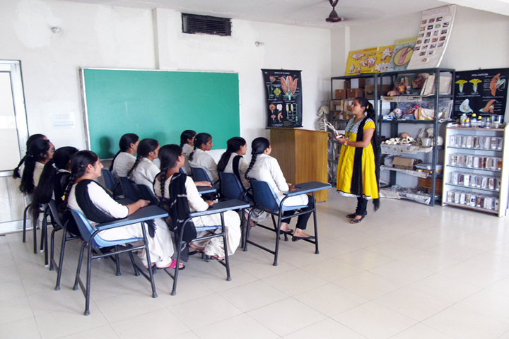 https://cache.careers360.mobi/media/colleges/social-media/media-gallery/13088/2016/12/26/Gurukul-College-for-women-Faridkot-(7).jpg