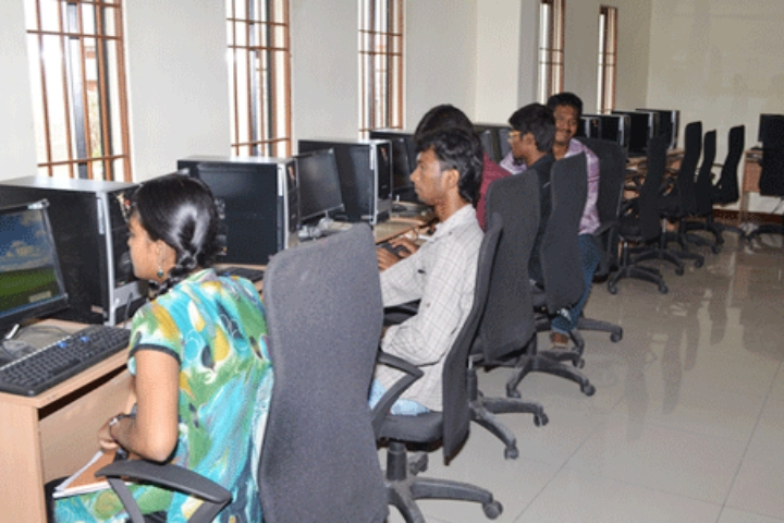 https://cache.careers360.mobi/media/colleges/social-media/media-gallery/13153/2019/7/29/IT-Lab View of Sri Renugambal College of Architecture Thiruvannamalai_IT-Lab.jpg