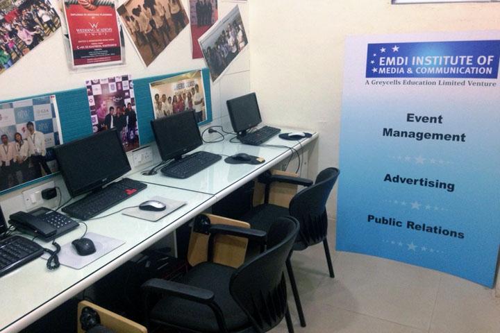 https://cache.careers360.mobi/media/colleges/social-media/media-gallery/1317/2017/1/2/EMDI-Institute-of-Media-and-Communication-New-Delhi-(15).jpg