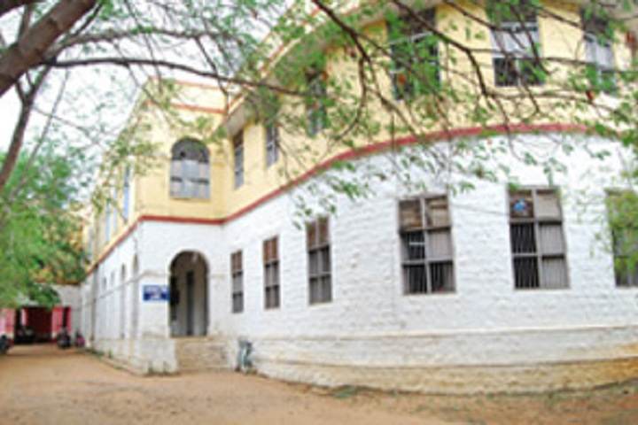 https://cache.careers360.mobi/media/colleges/social-media/media-gallery/13230/2020/1/17/Campus view of  Madurai Diraviyam Thayumanavar Hindu College Tirunelveli_Campus-view.jpg