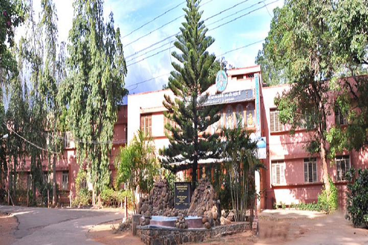 https://cache.careers360.mobi/media/colleges/social-media/media-gallery/13232/2018/12/25/Campus View of Sri Parasakthi College for Women Courtallam_Campus-View.png
