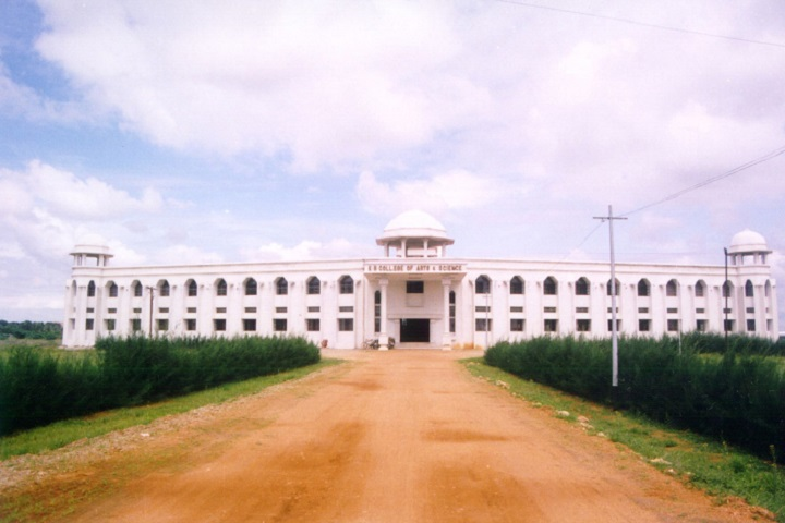 https://cache.careers360.mobi/media/colleges/social-media/media-gallery/13247/2019/3/30/Campus view of KR College of Arts and Science Kovilpatti_Campus-View.JPG
