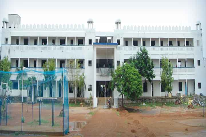 https://cache.careers360.mobi/media/colleges/social-media/media-gallery/13255/2019/4/18/Campus View of B Padmanabhan Jayanthimala College of Arts and Science Srimushnam_Campus-View.jpg