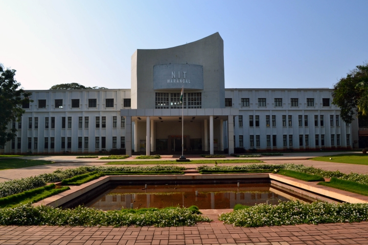 https://cache.careers360.mobi/media/colleges/social-media/media-gallery/133/2018/10/22/Campus View of National Institute of Technology Warangal_Campus-View.JPG