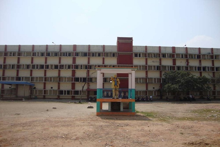 https://cache.careers360.mobi/media/colleges/social-media/media-gallery/13336/2018/11/27/Campus View of Dr Ambedkar Government Arts College Chennai_Campus-View.jpg