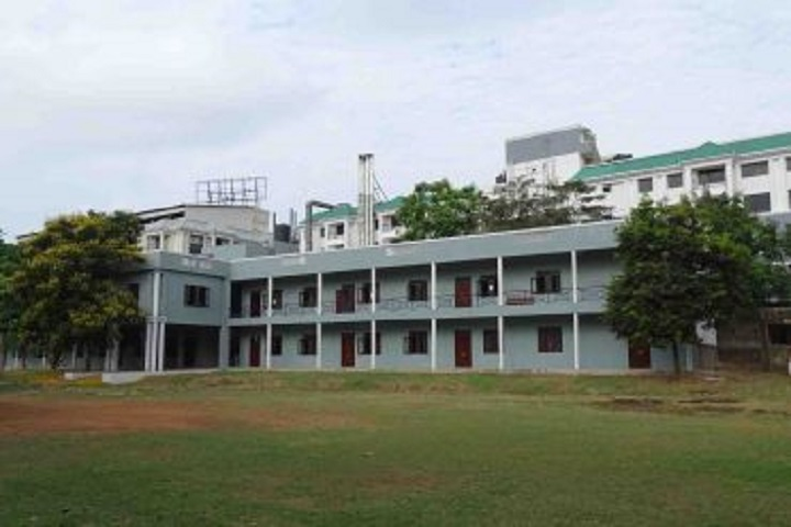 https://cache.careers360.mobi/media/colleges/social-media/media-gallery/13339/2019/3/7/Main Campus View of Chellammal Womens College Chennai_Campus-View.jpg