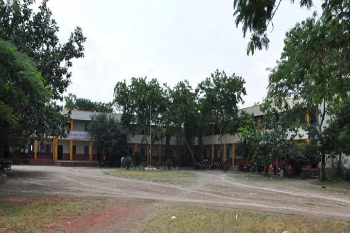 https://cache.careers360.mobi/media/colleges/social-media/media-gallery/13385/2019/2/21/Campus view of Anandrao Dhonde Alias Babaji Mahavidyalaya Beed_Campus-view.jpg