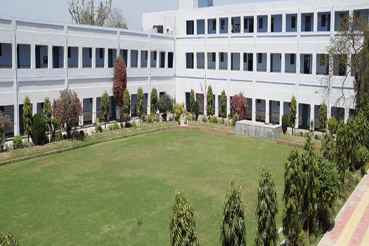 https://cache.careers360.mobi/media/colleges/social-media/media-gallery/13517/2020/2/18/Inner Campus view of Multanimal Modi College Modinagar_Campus-View.jpg